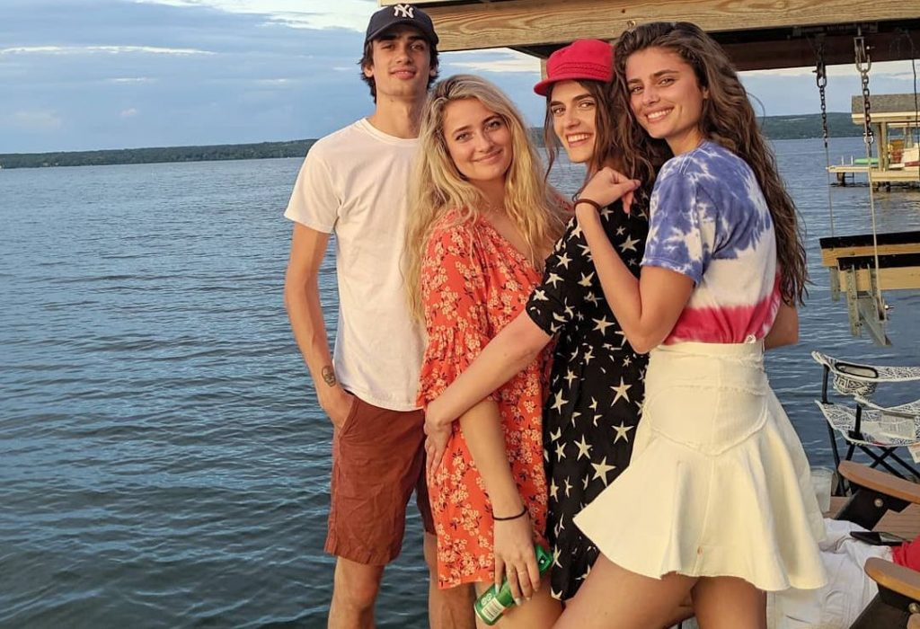 Taylor Hill Family