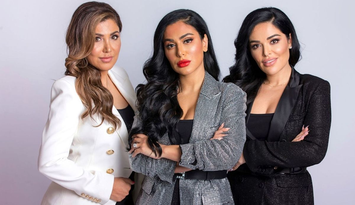 Huda, Mona, And Alya Kattan