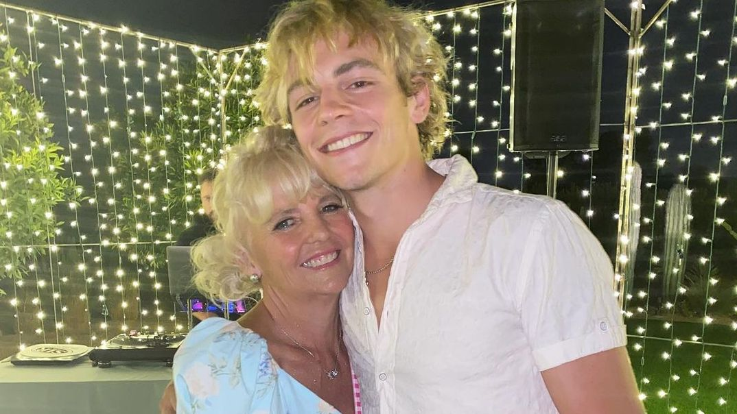 Ross Lynch and his mother